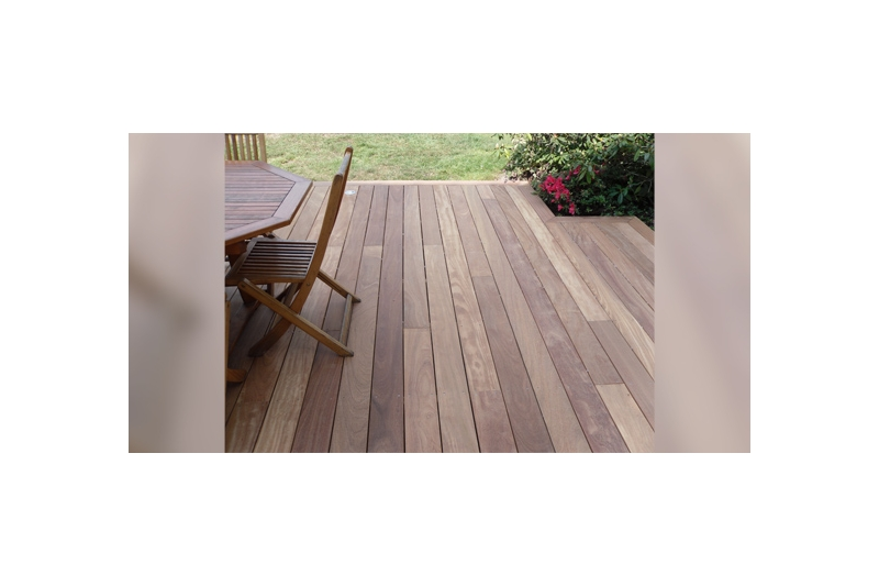 Lame terrasse bois acacia robinier 27 120 mm about for Lame de terrasse robinier