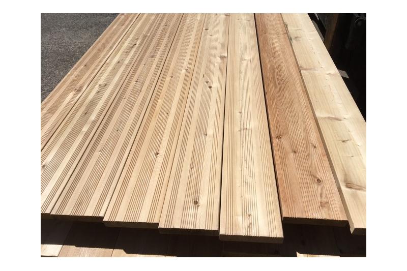 terrasse bois m l ze sib rie 28 142 choix sf1 3 qualit ab ou sf1 3 durable stable face lisse. Black Bedroom Furniture Sets. Home Design Ideas