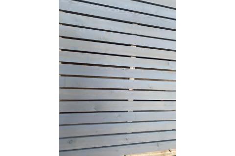 Bardage Mélèze de Sibérie pré-grisé claire-voie Trapèze raboté 21x70 mm en 4 m qualité AB